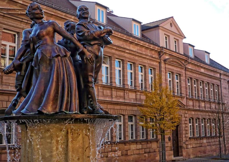 Schlosshofspieler-Brunnen
