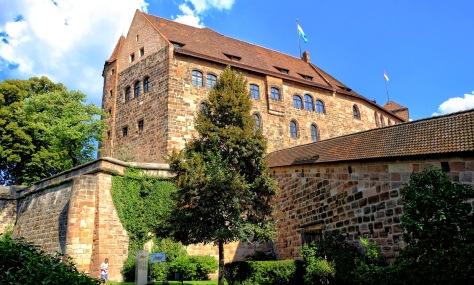 Burggarten1 2