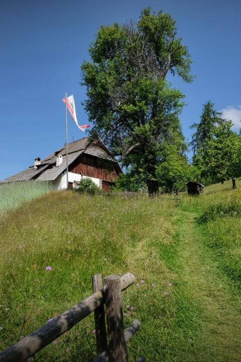 Bienenhof1